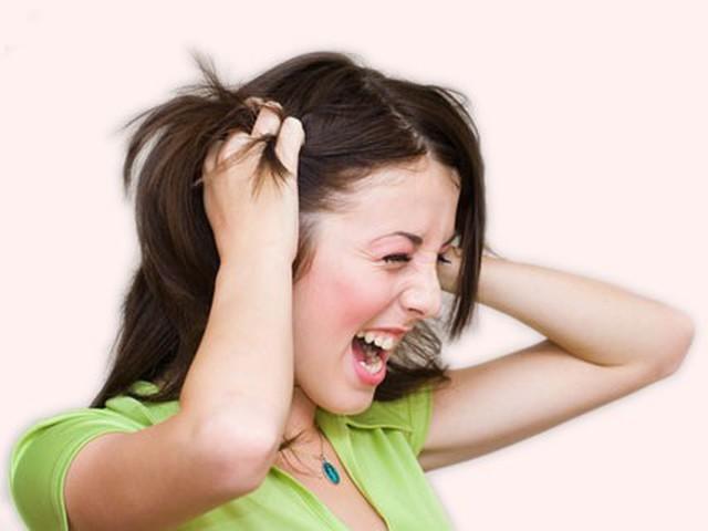Заболевание проявляется повышенной нервной возбудимостью