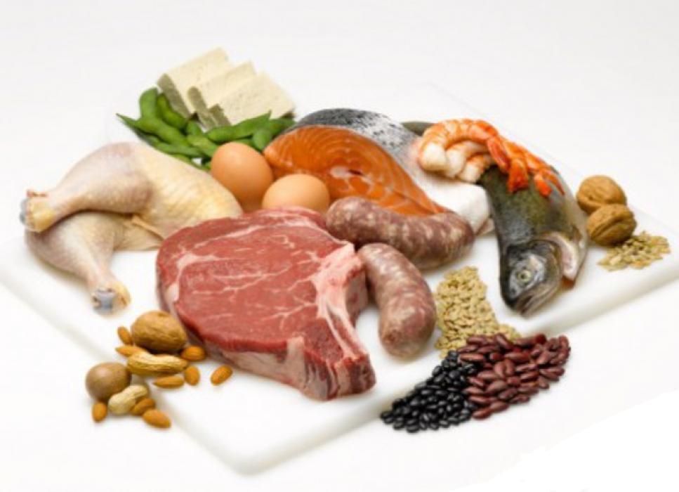 Сболансированное питание и белковая пища помогают предотвратить гинекомастию