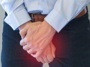 Воспаление простаты сопровождается выраженной болью в промежности