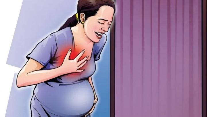 Боль в груди появляется в самом начале беременности