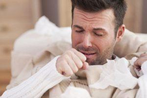 При гипотиреозе появляется неприятный кашель
