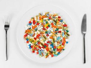 Гипотиреоз появляется при чрезмерном употреблении гормональных препаратов