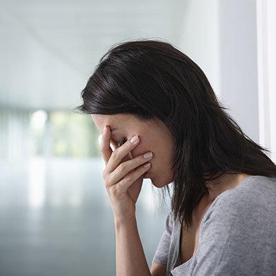 Зоб Хашимото со стороны нервной системы проявляется депрессией и апатичным состоянием