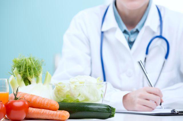 Необходимо разнообразить рацион овощами и фруктами