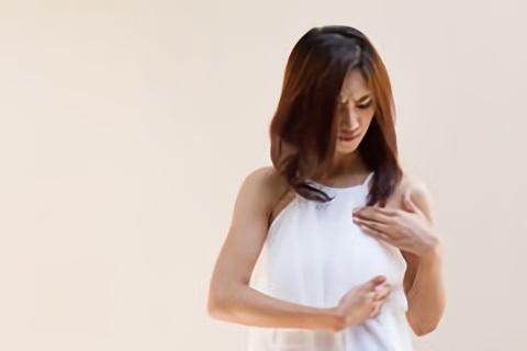 При диффузной мастопатии боль ноющая