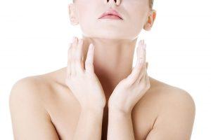 При диффузном токсическом зобе происходит чрезмерное разрастанение щитовидной железы