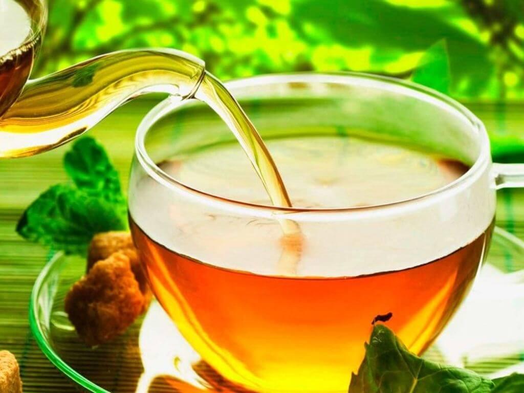 Травяной чай может уменьшить неприятные проявления мастопатии