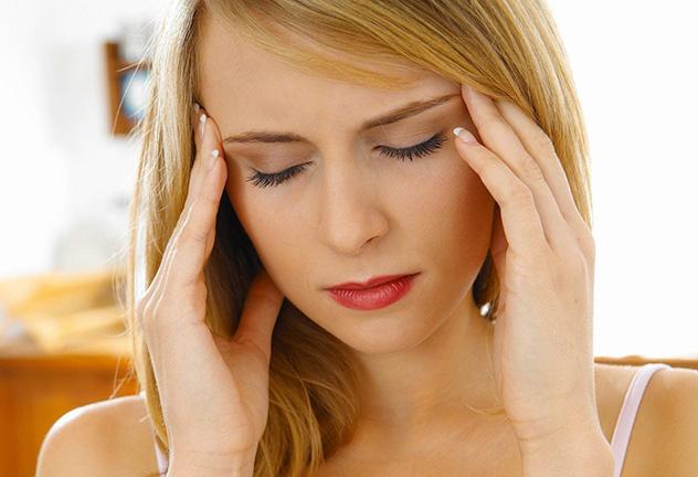 Если мастопатия сопровождается гипертонической болезнью, от бани лучше отказаться