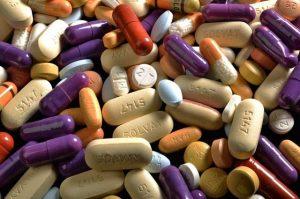 Основу медикаментозной терапии при зобе составляют гормональные препараты
