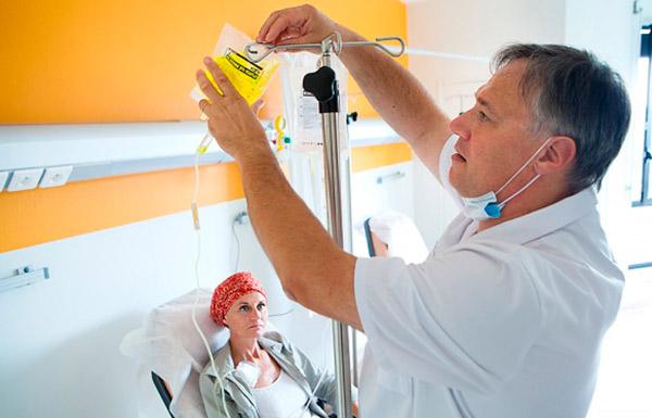 Для лечения назначается химиотерапия