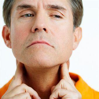 Зоб может быть хроническим, если иммунная система отторгает клетки щитовидки