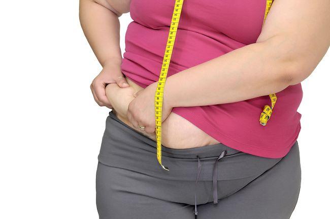 При гипотиреозе происходит неконтролируемый набор веса