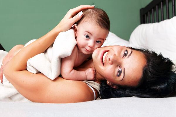 Дети тяжело переносят разлуку с грудью, готовиться к этому шагу следует заранее