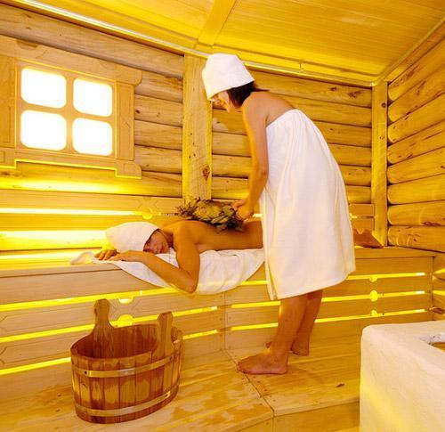 Посещение бани способствует закаливанию и укреплению иммунитета