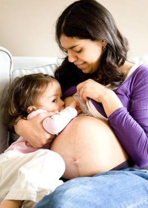 Кормление грудью не защищает от беременности