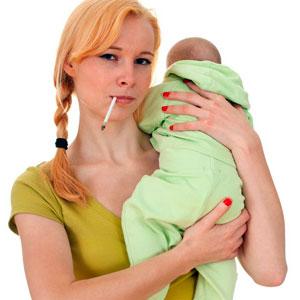Курение матери провоцирует плаксивость и повышенную возбудимость ребенка