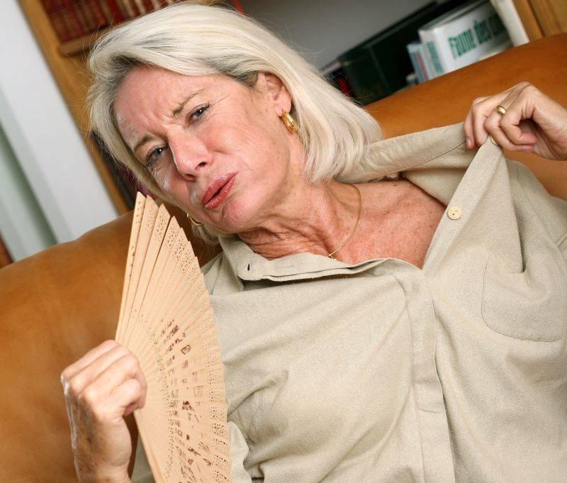 Мастопатия часто появляется в период менопаузы