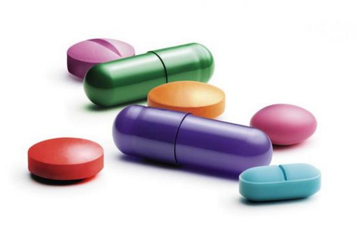 Лечение гипертиреоза проводят с помощью медикаментозной терапии