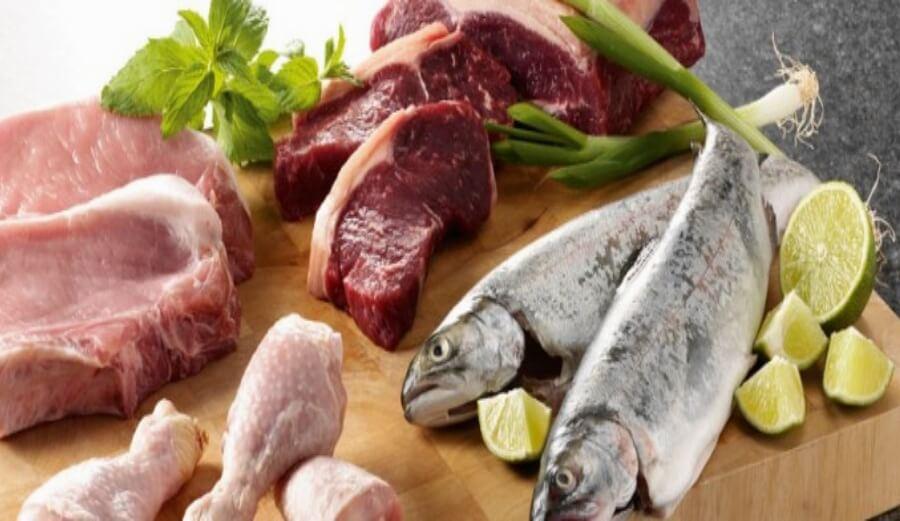 В меню должны присутствовать мясо и рыба