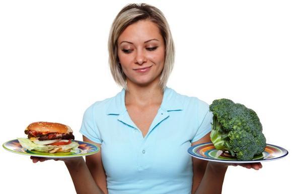 Лишний вес и нарушенный обмен веществ провоцируют образования в груди