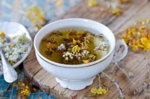 При тиреотоксикозе рекомендованы травянные отвары на основе мяты