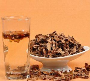 Для терапии заболеваний щитовидной железы используется настойка на перегородках ореха