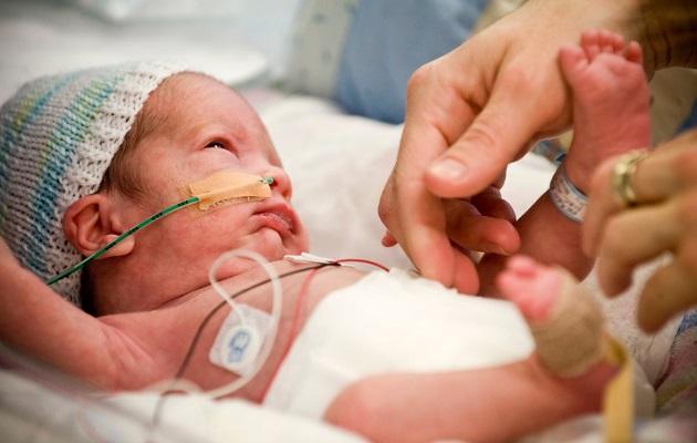 У недоношенных детей риск заражения стафилококком намного выше