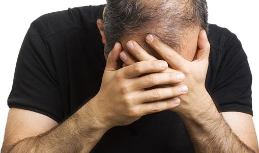 При нарушении уровня ТТГ у пациента может наблюдаться облысение
