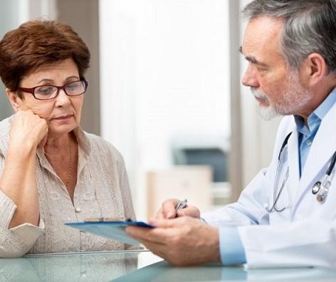 Какие объяснения болям в груди дают доктора