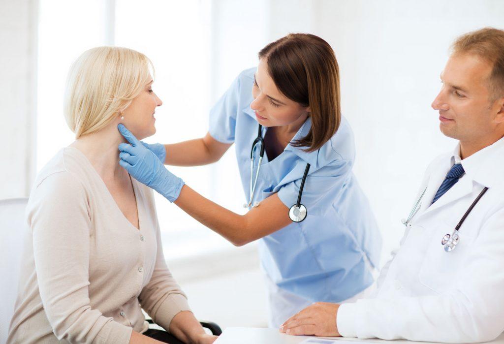 Образование в щитовидке на ранних стадиях может оставаться безболезненным