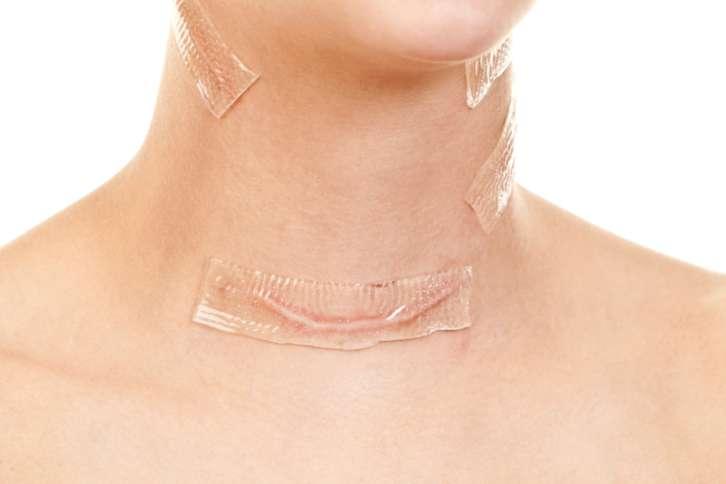 После удаления щитовидки в организме происходят изменения, связанные с недостатком гормонов