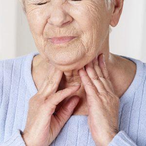 При эутиреозе может появиться осиплость голоса