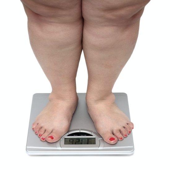 Пациенты резко набирают вес, а их тело становится отечным
