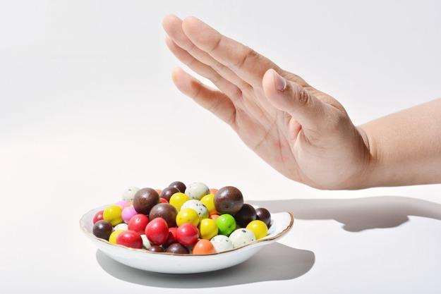 За день до сдачи анализов нужно отказаться от сладкого