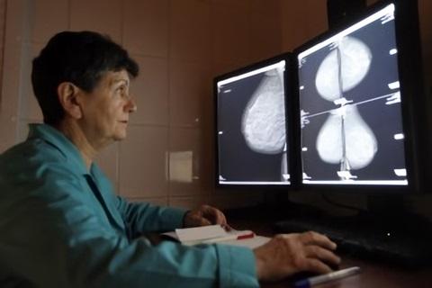 Опасность мастопатии состоит в том, что она может перейти в рак
