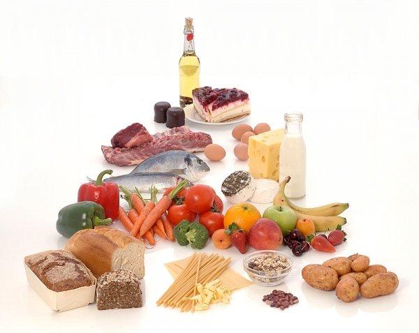 Питание кормящей мамы должно быть каллорийным и полноценным