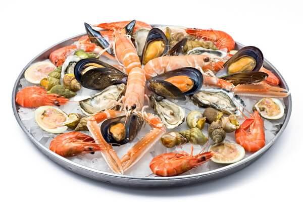Питание необходимо обогатить морепродуктами, содержащими большое количество йода