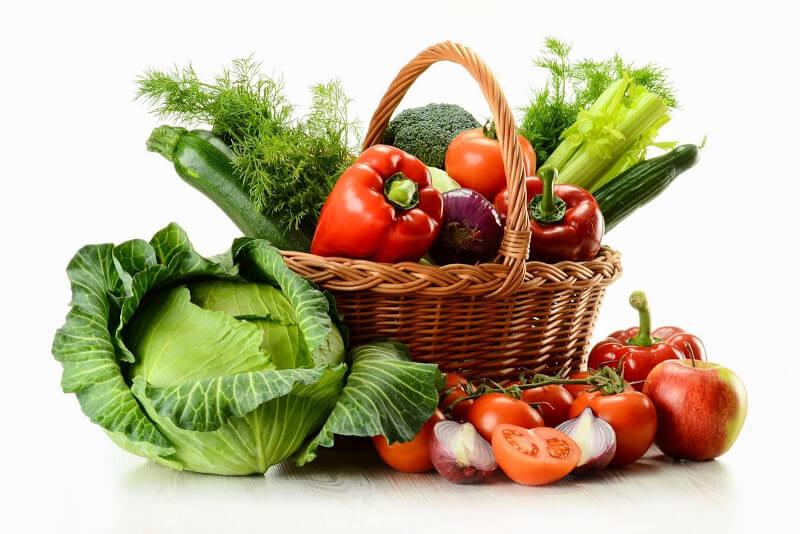 Основу питания должны составлять фрукты и овощи