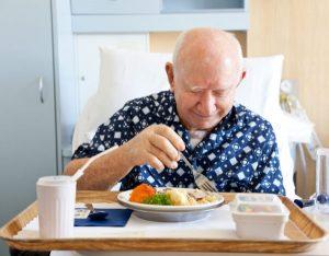 При раке простаты необходимо употреблять продукты, насыщенные витаминами