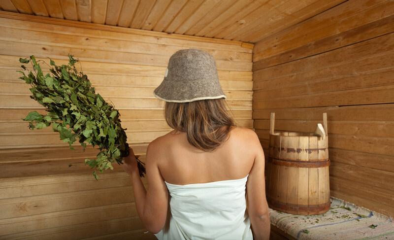 Первый раз нахождение в бане лучше ограничить 5 минутами