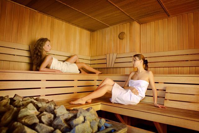 Посещать баню при мастопатии можно