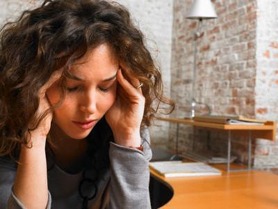 Постоянное нервное напряжение - одна из причин развития заболевания