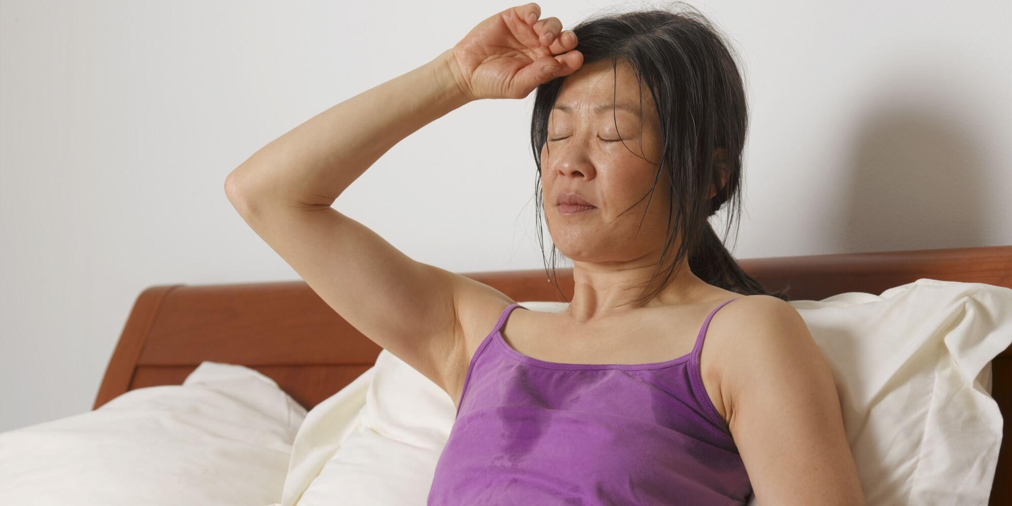 Избыточная потливость требует проведения УЗИ щитовидки