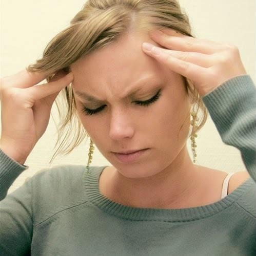 Избыточная выработка гормонов провоцирует быструю утомляемость