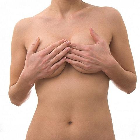 Из-за чего болит в центре груди