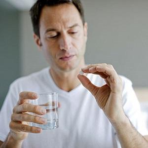 Лечение простатита включает прием медикаментозных препаратов