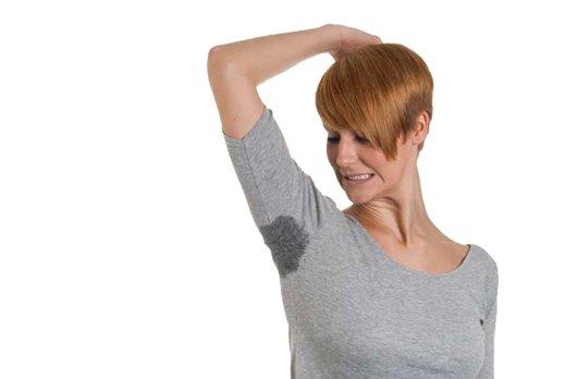 Проблемы в работе щитовидки можно заподозрить при повышенном потоотделении