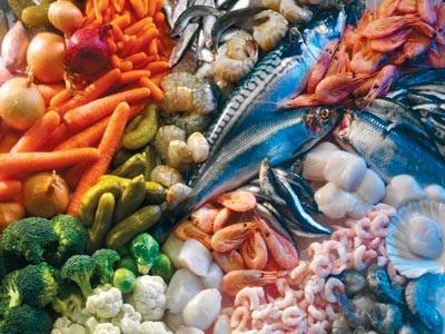 Необходимо употреблять в пищу достаточное количество йодосодержащих продуктов