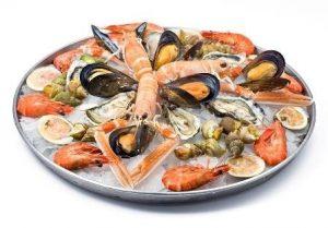 Пациентам с гипотиреозом следует обогатить рацион продуктами моря