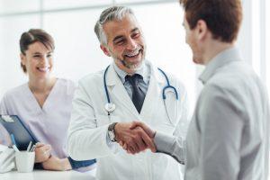 Расшифровку результатов анализа секрета простаты проводит лечащий врач